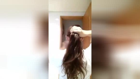 转时尚视频分享超专业的空姐发型,很简单但是你能学会吗?
